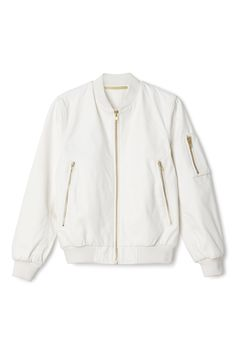 a white bomber jacket Bomber Jacket Outfit, Sweater Jacket, Casual Outfits, Cute Outfits, Fashion Outfits, Moda Outfits, Cute Jackets, Dope Fashion, Jacket Style