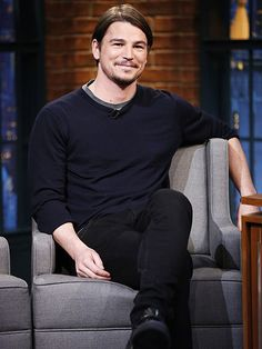 Star Tracks: Monday, May 11, 2015 | 'HART'BREAKER | Josh Hartnett keeps it comfy-casual for his visit to Late Night with Seth Meyers on Thursday in N.Y.C.