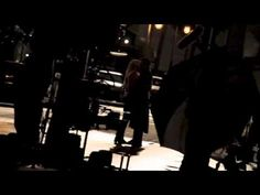 Emma Swan and Captain Hook kiss! (OUAT set 12/08/2014)>>>>GUYS GUYS GUYS GUYS OHMYGOD I CANNOT EVEN I GUESS NOBODY IS INVITED TO OUR FUNERALS CAUS EVERYONE DIED...YOU ARE GOING TO DIE  JUST WATCH IT A MILLION TIMES AND ENJOY