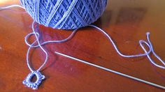 Needle Tatting for Beginners - Published on Apr 1, 2015 - This is a quick video is to answer a question about what to do with the thread tail when you are tatting. This is a tutorial that two of my subscribers Dominique Soeldner and Milagros Gonzalez Links to other beginners tutorials https://youtu.be/MRZ7foaIgEQ. Follow me on Instagram #mariapapia Facebook page mariapapia Pin my videos on Pinterest Mariapapia I used cotton thread size 10 and needle size 0-5.