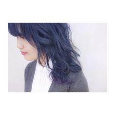 new color 髪色暗くしました 高3のときからずっと行きたい!って思ってたshachu行ってきました navy×pink×purple 色味もスタイリングももろ好み! MORIYOSHIさんお写真までありがとうございました また行きたい!!! #hair #haircolor #navy #pink #purple #navyhair #ネイビーヘア #カラーバター #渋谷 #shibuya #shachu