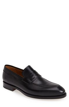 Free shipping and returns on Magnanni 'Tevio' Penny Loafer (Men) (Online Only) at Nordstrom.com. Richly burnished leather shapes a sleek penny loafer with meticulous stitching and a Continental silhouette.