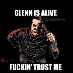 Glenn is alive! The Walking Dead season 6. Jeffrey Dean Morgan!!!!