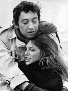 Jane Birkin and Serge Gainsbourg. Their love story is fascinating! Serge Gainsbourg, Gainsbourg Birkin, Charlotte Gainsbourg, Lou Doillon, Style Jane Birkin, Jane Birken, Kate Barry, Baby Jane, Francoise Hardy