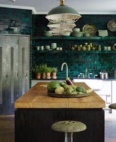 "4,038 likerklikk, 40 kommentarer – STILTJE Inspiration (@stiltje.se) på Instagram: ""Time for some green. Kitchen inspiration from @kim_dti . I just love the green tiled wall. Makes…"""