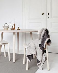 White wood, knitted throw