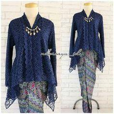 Source by uchan brokat Kebaya Lace, Kebaya Hijab, Batik Kebaya, Kebaya Dress, Kebaya Muslim, Dress Brokat Modern, Kebaya Modern Dress, Model Kebaya Brokat Modern, Model Kebaya Modern Muslim