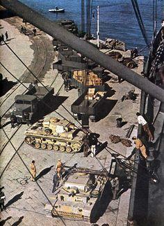 Panzerkampfwagen III Ausf N Unloaded in North Africa Date: Monday, 23 November 1942 Place: Bizerte, Wilāyat Binzart, Tunisia