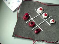 JUGAR CON PAPÁ Holiday Decor, Diy, Crochet Baby, Notebooks, Dots, Hipster Stuff, Bricolage, Handyman Projects, Do It Yourself