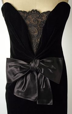 Dress, Evening  Yves Saint Laurent, fall/winter 1983-84