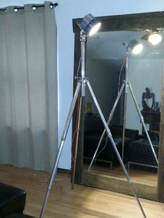 Industrial tripod floor lamp artist easel edison bulb - Camera industrial chic ...
