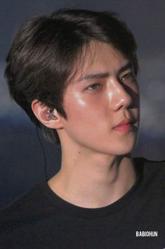 según beautiful skin (and hole sehun) ♡