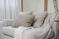 Pillow covers and throw | Koeka webshop