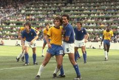 Zico of Brazil and Claudio Gentile of Italy mark each other during the World Cup Second Round match at the Sarria Stadium in Barcelona Spain Italy. Football Icon, Best Football Players, World Football, Sport Football, Soccer Players, Dennis Bergkamp, 1982 World Cup, Fifa World Cup, Taekwondo