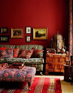 another vibrantly colored living room #crimson