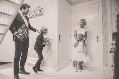 Trouwen in het groene kerkje te Lambertschaag. » Nickie Fotografie Real Weddings, Coat, Jackets, Wedding Ideas, Fashion, Down Jackets, Moda, Sewing Coat, Jacket