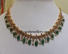 Jewellery Designs: Simple Emerald Drops Choker