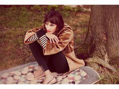 Autumn style, tan velvety jacket/coat, black and white stripe shirt, tan loafers #minimalist #fashion #style