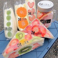 Japanese Snacks, Japanese Food, Fruit Sandwich, Cute Snacks, Tumblr Food, Snacks Saludables, Bento Recipes, Night Snacks, Cute Cakes