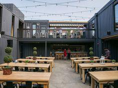 Food Court Design, Pub Design, Coffee Shop Design, Container Coffee Shop, Container Shop, Container House Design, Outdoor Restaurant Design, Rooftop Restaurant, Halle