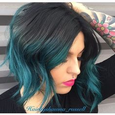 """""""That melt tho!  Gorgeous technique by @hairbyshawna_russell!!!"""""""