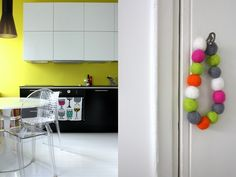 White, black and yellow in the kitchen.