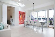 Östermalm Apartment Featuring a Bright Open Floor Plan