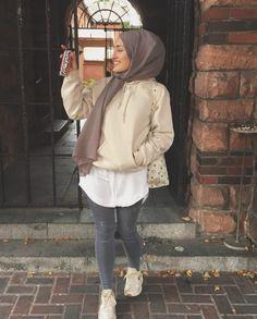 Modest Wear, Modest Dresses, Modest Outfits, Casual Hijab Outfit, Hijab Chic, Street Hijab Fashion, Muslim Fashion, Hashtag Hijab, Mode Turban