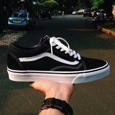 424f828d8f5ce2 61 Best Vans shoes   Outfit images
