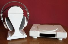 Playstation 1 mit Hifi Kophörerständer
