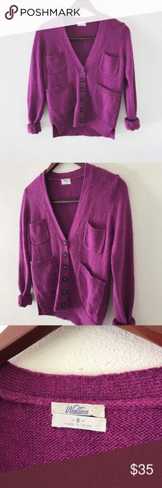 """madewell wallace wool blend v-neck cardigan Madewell Wallace fuchsia cardigan  Cozy and preppy v-neck cardigan from Madewell. Slouchy front pockets. Same colored elbow """"patches"""" on back of sleeves. Can roll the sleeves up or leave them down, looks great either way. Pair with jeans and booties for a great fall look. Wool blend so it will appear to be somewhat fuzzy - not piling, just the material.   size: small condition: gently pre-loved; no noticeable flaws Madewell Sweaters Cardigans"""
