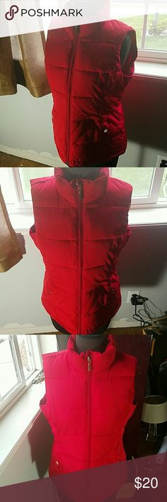 NWOT Red Puffy Vest Mint condition Red Puffy Vest no rips or stains, size MED Charter Club Jackets & Coats Vests