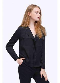 Top manche longue Couleurs disponibles: Noir Rose Composition: 10% Tencel 90% Polyester Indications de lavage: 30 ° machine