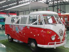 VW Replica Kombi Food Truck for Sale in Downey, CA Food Truck For Sale, Trucks For Sale, Kombi Food Truck, Cereal Cafe, Split Screen, Rescue Vehicles, Gas And Electric, Engine Types, Vw T1
