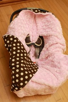 Hooded infant car seat blanket by KDsquared on Etsy, $42.50 / gift idea