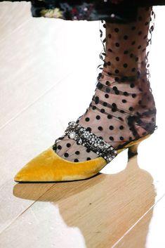 232 parasta kuvaa  shoes  b9fa372a22
