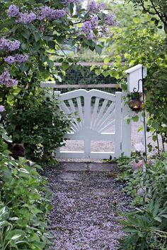 Purple Garden, Summer Kitchen, Gazebo, Sidewalk, Cottage, Exterior, Fancy, Allotment, Wealth