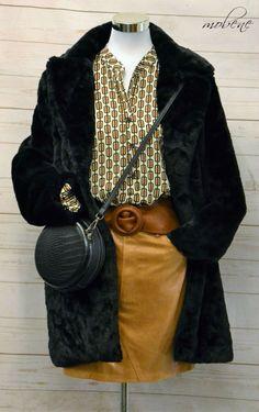 Schwarze Kuscheljacke - natürlich Fake Fur Overall Jumpsuit, Longsleeve, Shorts, Girls, Monogram, Michael Kors, Pattern, Fashion, Bermudas