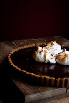 S'more Tart More inspiration at Valencia Bed and Breakfast Spain: http://www.valenciamindfulnessretreat.org