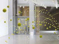 Ana Soler and 2000 tennis balls