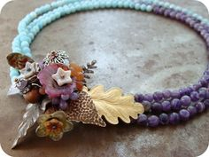 Beautiful necklace designed by Heather Powers - inspired by Miriam Haskell jewelry. This is so totally my style and colors!