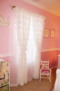 CORTINAS ruffle drapes- little girl's bedroom Teenage Girl Bedrooms, Little Girl Rooms, Girls Bedroom, Bedroom Pics, Bedroom Ideas, Bedroom Decor, White Sheer Curtains, Ruffled Curtains, Drapes Curtains