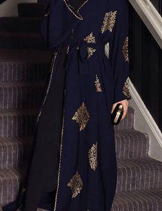 Made in Dubai Abaya. A stunningly beautiful abaya of gold emboidery - Dresses Navy Fabric, Crepe Fabric, Pancho Outfit, Abaya Fashion, Stunningly Beautiful, Sleeve Styles, Designer Dresses, Beautiful Dresses, Lace Dress