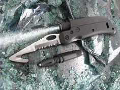 "Tool Logic SL6 Rescue Tool, Seatbelt Cutter, 3"" Combo Blade, LED Light - KnifeCenter"