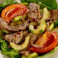 Thai Spicy Beef Salad - Your new go-to dinner #thai #recipe #flanksteak