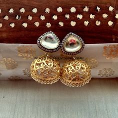 This is a great peace of imitation jewellery from Aatman jewellers. This gorgeous Antique jhumka is priced at Rs 3000. The jhumka design is very trendy.