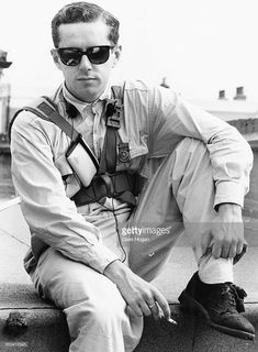 Portrait of singer Holly Johnson, of the band 'Frankie Goes to Hollywood', wearing overalls and sunglasses, June (Photo by Dave… Holly Johnson, Thompson Twins, Frankie Goes To Hollywood, Music Genius, Pop Music, Beautiful Men, Overalls, Mens Sunglasses, 1980