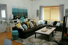 Living room colors with brown couch white pillows 38 ideas Living Room Turquoise, Teal Living Rooms, Living Room Color Schemes, Living Room Colors, New Living Room, Living Room Designs, Blue Rooms, Dining Rooms, Brown And Blue Living Room