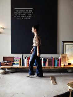 manhattan loft of andi potankim (photo by emily johnston anderson for rue magazine, october p. Low bookshelves for kids Low Bookshelves, Low Shelves, Bookshelf Bench, Shelving, Simple Bookshelf, Rustic Bookshelf, Tv Shelf, Casa Mix, Art Et Design