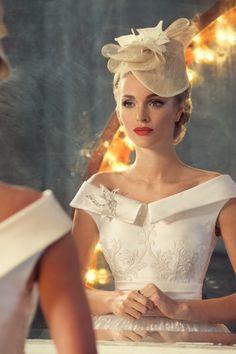 Jazz sounds on Behance. Wedding Gown with Gorgeous Neckline & Beading. Vestidos Vintage, Vintage Dresses, Bridal Dresses, Wedding Gowns, Ivory Wedding, Wedding Hair, Russian Wedding, Retro Mode, Glamour